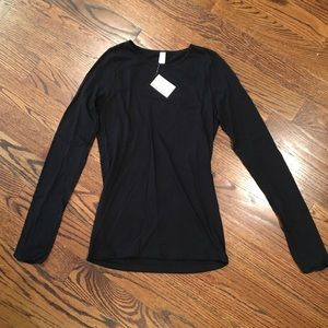 American Apparel Long-sleeved t-shirt